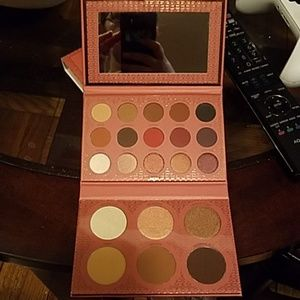 BH cosmetics its my RAYE palette